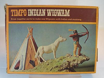 Timpo Toys 274 Indian Wigwam Set in O-Box #1038