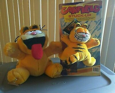 2 Suction Cup Paws Garfield Collectible Plush Window Decorations