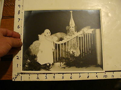 Vintage Puppet Marionette  Photo: GIRL AND KING ?? BEHIND FENCE