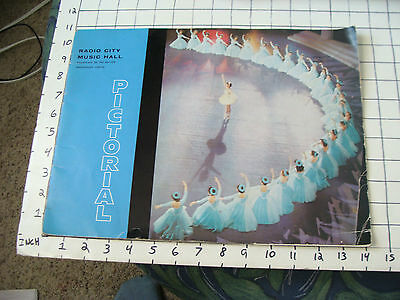 vintage Paper Ephemera: RADIO CITY MUSIC HALL Pictorial booklet 16pages
