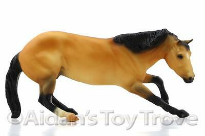Breyer 3297 Cutting Horse and Cow Set - Classics Model Horse  CUTTING HORSE ONLY