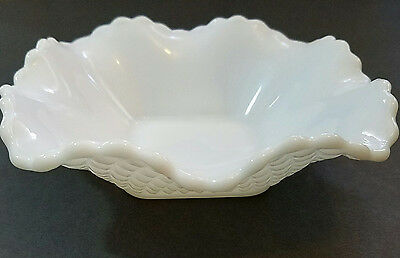 3 Beautiful Vintage White Milk Glass Bowls Diamond Pattern Square Candy Dishes