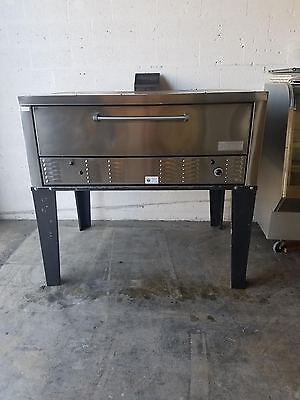 Commercial American Made Propane 5 foot Single Deck Pizza Oven Peerless CW100NS