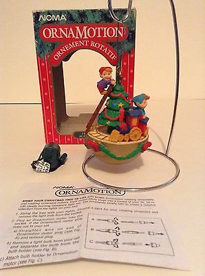Noma Ornamation Rotating Santa Express Train Christmas Tree Ornament Elf