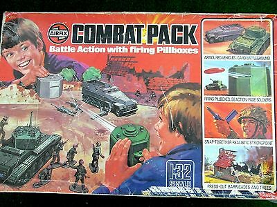 RARE Vintage Airfix 1/32 WW2 Combat Pack Firing Pillbox & Soldiers Boxed 1975