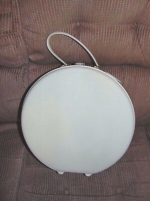 Vintage American Tourister white round train case luggage bag 16.5 in.