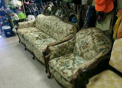 french provincial couch and chair can ship