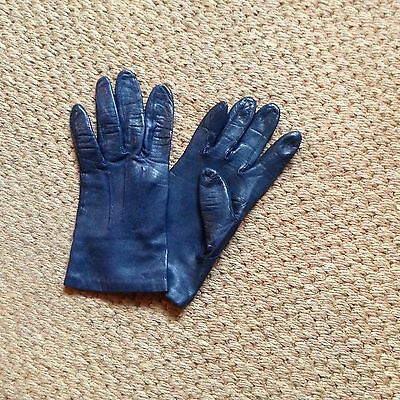 Ladies  soft leather gloves small