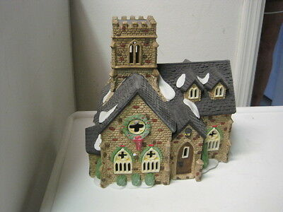 Dept 56 - Dickens Lot 2: Knottinghill Church - Heritage Village Sign