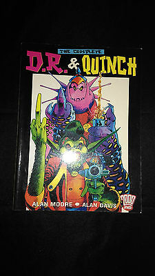 The Complete D.R And Quinch 2000 AD Vintage SCiFi Graphic Novel (2001)