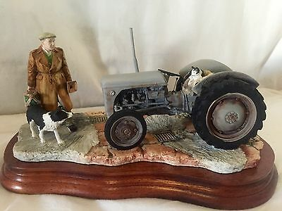 "BORDER FINE ARTS ""AN EARLY START"" ( Massey Ferguson Tractor) JH91B RAY AYRES"