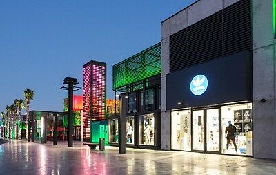 """New --2017-- Dubai BoxPark Mall Buy One Get One Free """"The Entertainer"""" Vouchers"""