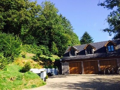 HOLIDAY APARTMENT IN BEAUTIFUL CENARTH WEST WALES - With Hot Tub