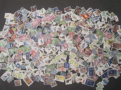 Ireland Eire Collection/Kiloware/Loose stamps 325 stamps estimated Early Era on