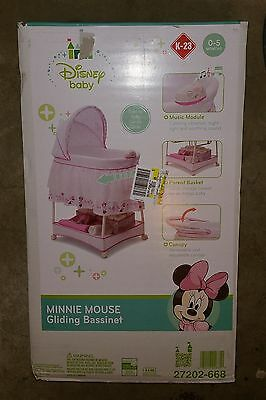 Disney Minnie Mouse Gliding Bassinet Minnies Bows & Butterflies K-23 27202-668