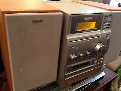 Sony CMT-CP 100 Micro Hi-Fi Component System great condition and sound