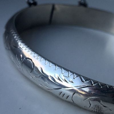 Lovely Vintage  925 Sterling Silver Bangle Bracelet Safety Chain 7 Inch