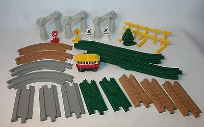 25 Piece Fisher-Price Geotrax Special Track Pack - Complete!