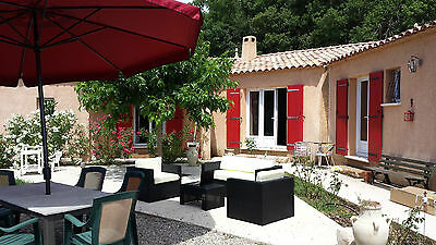 South of France Provence, 4 double rooms, cinema room, woods to the back