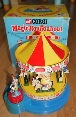 Corgi #852 Magic Roundabout Musical Carousel 1972 Rare Vintage In Original Box
