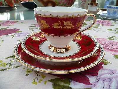 Lovely Vintage Gladstone English China Trio Tea Cup Saucer Plate Red Gilded 6744