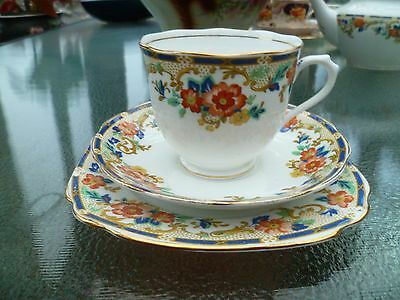 Pretty Vintage Royal Albert Crown China Trio Tea Cup Saucer Blue Floral 7533