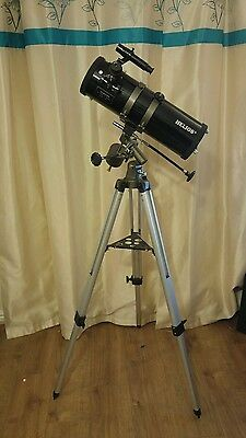 HELIOS 114 ASTRONOMICAL TELESCOPE ( Now SKYMASTER SKYMAX )