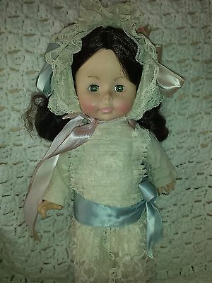 """Victorian """"Little Girl"""" Doll 16"""" Effanbee Vintage:1978 Lace outfit Ex Condition"""