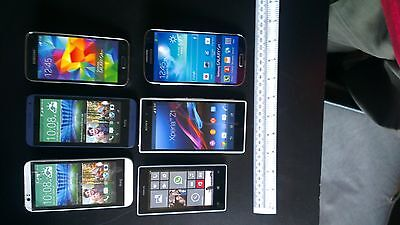 Joblot of 12 ex-Display Dummy non-working replica phones in used condition