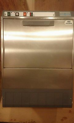 Maid2wash commercial glass washer