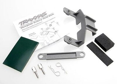 Traxxas Two Piece Battery & Receiver Hold Down Kit Skully