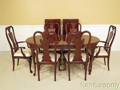 LF40634:  THOMASVILLE Mahogany Table & Dining Room Chair Set