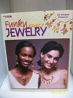 """Leisure Arts """"funky Chunky Jewelry"""" 22 Unique Projects Beaded Instructions"""