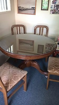 Antique cedar round dining table with 4 chairs