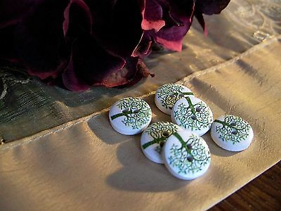 6 Beautiful Green Tree Wooden Buttons