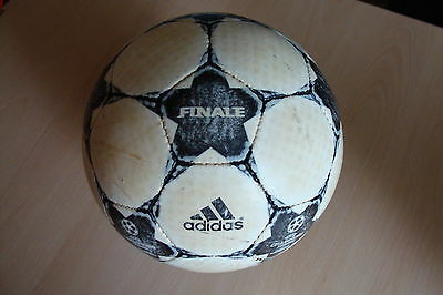Adidas Finale 2 Spielball/Matchball UEFA Champions League 2002