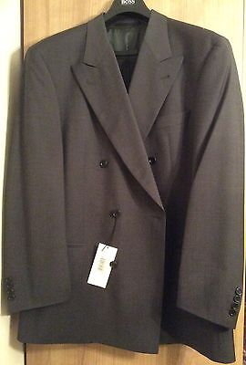 Men's Hugo Boss 2 Piece Suit Charcoal Grey Size 46R Double Breasted