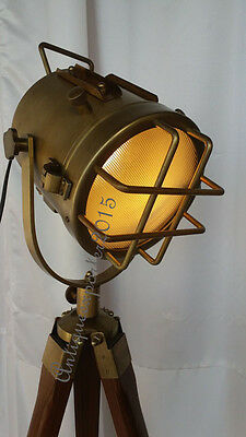 Antique Nautical Look Searchlight W / Tripod Stand Spot Light Studio Table Lamp