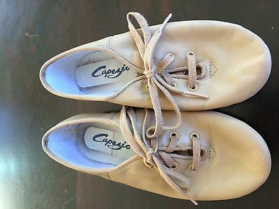 Girls Size 13.5 Tan Leather Jazz Shoes - Very Good Condition