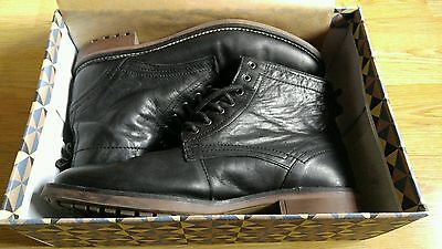 Mens Black leather Boots Size 10