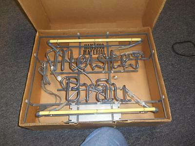 NOS Meister Brau BEER NEON NEVER REMOVED VERY BRIGHT