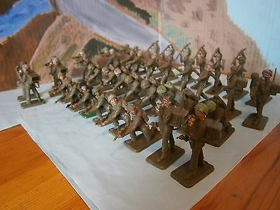 Crescent Modern British Infantry Soldiers x 41 - Lot M