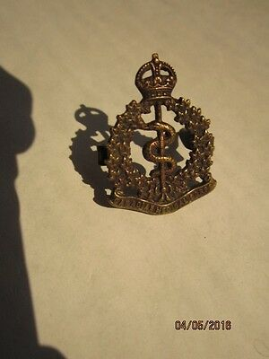 Canada-Canadian - WWI Canadian Medical Corps collar badge