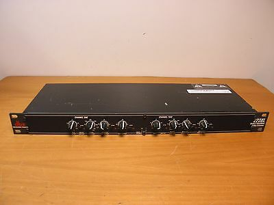Crossover DBX Profesional Products 223XL Stereo 2-Way/Mono 3-Way Crossover