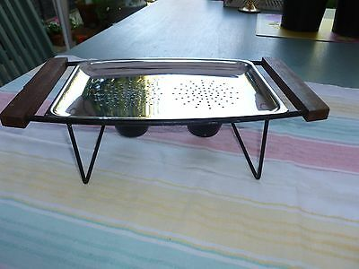 Vintage Retro Casserole Stand for a Rectangle Pyrex Dish