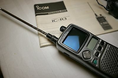 ICOM IC-R3 Funkscanner / Handheld communications receiver with charger + manual