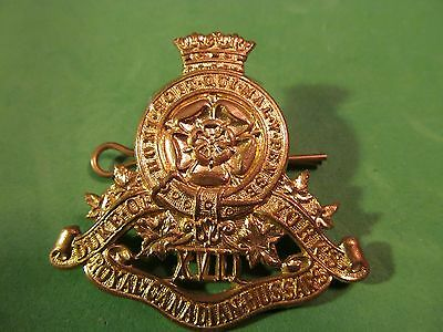 WW2 Canadian The 17th Duke Of Yorks Royal Canadian Hussars Cap Badge