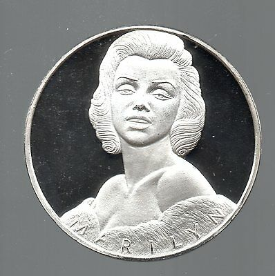 Marilyn Monroe 2 Ounce Proof Silver Commemorative Coin Famous Portrait & Poses