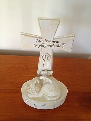 Pet Memorial Plaque Cat with Angel's Wings and Cross - RUN FREE - New