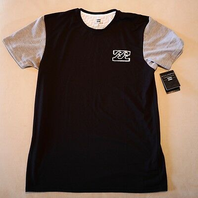 Men's Billabong Submersible Black Surf Tee – Size L  Brand New